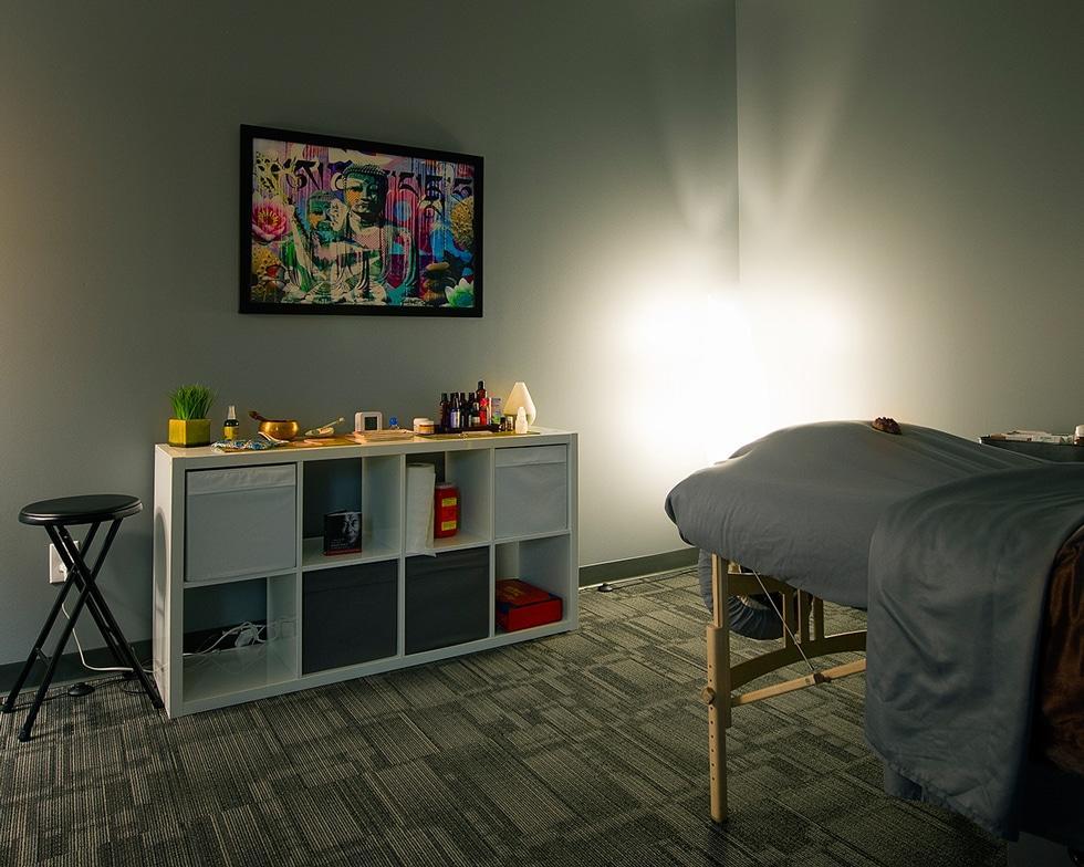 ecw acupuncture room 2 Chiropractor Denver