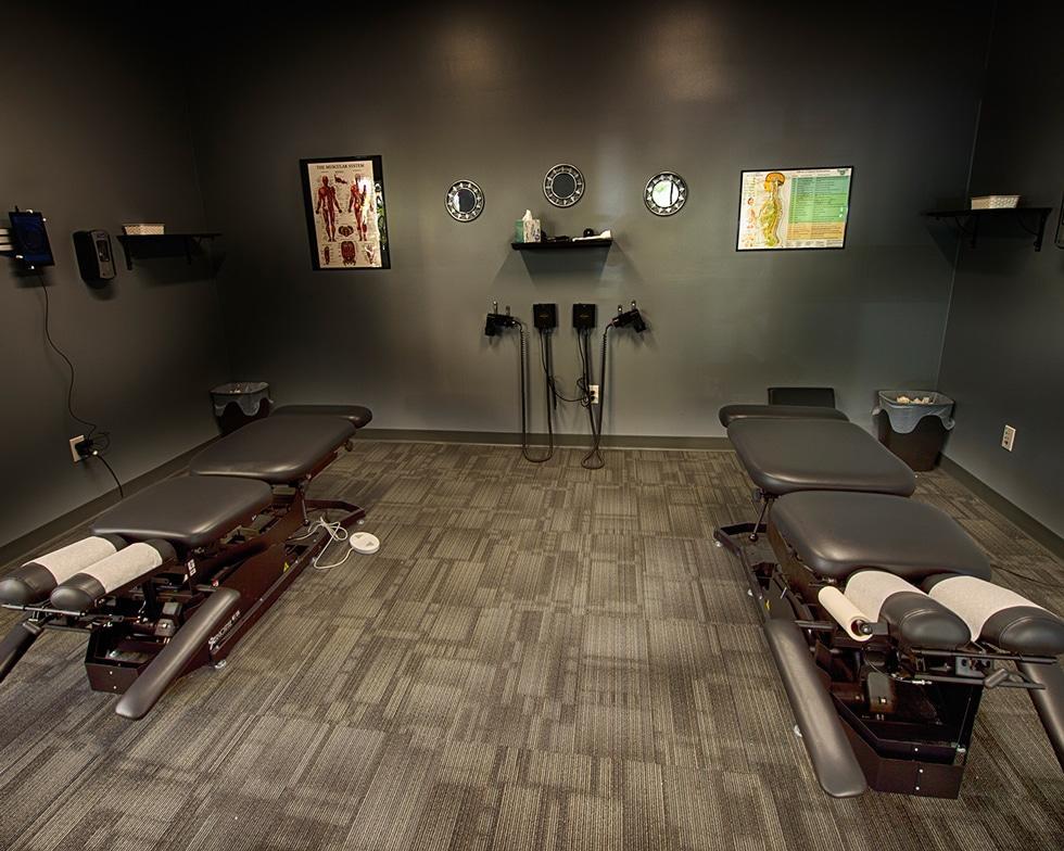 ecw adjustment room 1 Chiropractor Denver